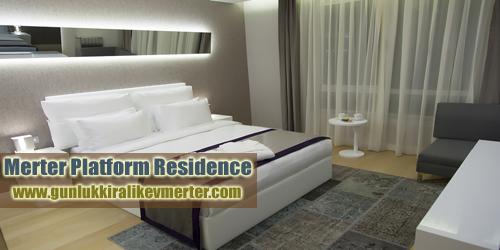 gunluk-kiralik-ev-merter-platform-yatak-odasi